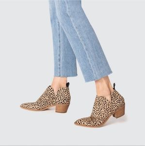 Dolce Vita   Sonni Leopard Calf Hair Ankle Booties